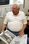 Dick Yarwood in the Press Room of the Supreme Court Building in Mineola on Thursday APRIL 15, 2004.  (Newsday Photo / Jim Peppler).