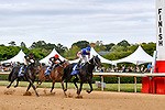 HOT SPRINGS, AR - APRIL 14: Oaklawn Handicap. Oaklawn Park on April 14, 2018 in Hot Springs,Arkansas. (left to right) #3 Sonneteer with jockey Richard E. Eramia, #2 Looking At Lee with jockey Luis Saez, #4 Untrapped with jockey Ricardo Santana Jr. (Photo by Ted McClenning/Eclipse Sportswire/Getty Images)