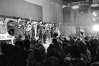 - concert of the Chilean musical group in exile Inti Illimani  (Milan, 1975)....- concerto del gruppo musicale cileno in esilio Inti Illimani (Milano, 1975)