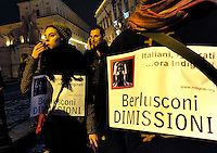 "Roma, 19 Gennaio 2011.Quirinale.Il popolo viola ""indignato""chiede le dimissioni del presidente del consiglio Silvio Berlusconi..Rome, January 19, 2011.Quirinal.Purple people ""outraged"" calls for the resignation of Prime Minister Silvio Berlusconi"