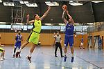Essens Adrian Lind (Nr.31)  verteidigt den Dreier von Schwelms D. Fiorentino (Nr.20) beim Spiel in der Pro B, ETB Wohnbau Baskets Essen - EN Baskets Schwelm.<br /> <br /> Foto &copy; PIX-Sportfotos *** Foto ist honorarpflichtig! *** Auf Anfrage in hoeherer Qualitaet/Aufloesung. Belegexemplar erbeten. Veroeffentlichung ausschliesslich fuer journalistisch-publizistische Zwecke. For editorial use only.