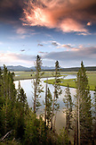 USA, Wyoming, scenic view Yellowstone River, Yellowstone National Park