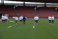 Zürich, Switzerland - Sunday, March 29, 2015: The USMNT Train in preparation for their friendly match versus Switzerland at Stadion Letzigrund.