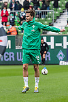 10.02.2019, Weserstadion, Bremen, GER, 1.FBL, Werder Bremen vs FC Augsburg<br /><br />DFL REGULATIONS PROHIBIT ANY USE OF PHOTOGRAPHS AS IMAGE SEQUENCES AND/OR QUASI-VIDEO.<br /><br />im Bild / picture shows<br />Sebastian Langkamp (Werder Bremen #15) beim Aufw&auml;rmen vor dem Spiel, <br /><br />Foto &copy; nordphoto / Ewert
