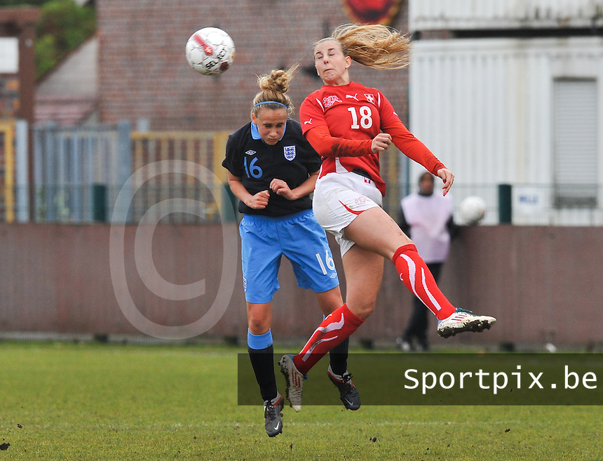 UEFA Women's Under 17 Championship - Second Qualifying round - group 1 : England - Switzerland : .Audrey Wuichet in een luchtduel met Emily Helen Auld.foto DAVID CATRY / Vrouwenteam.be