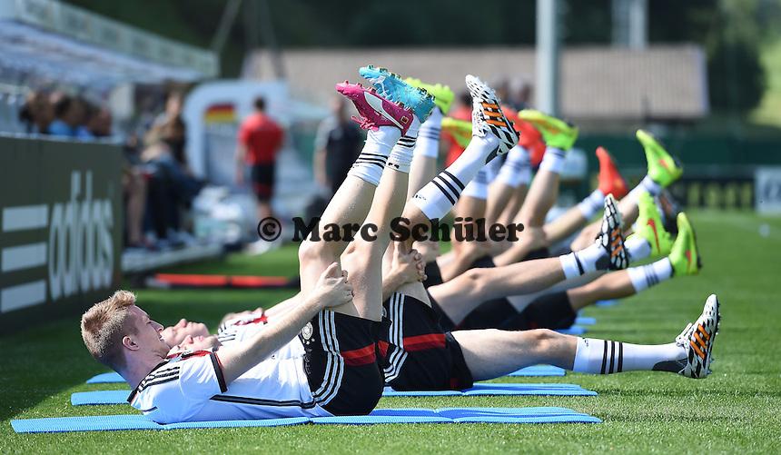 Aufwärmübungen - Training der Deutschen Nationalmannschaft zur WM-Vorbereitung in St. Martin
