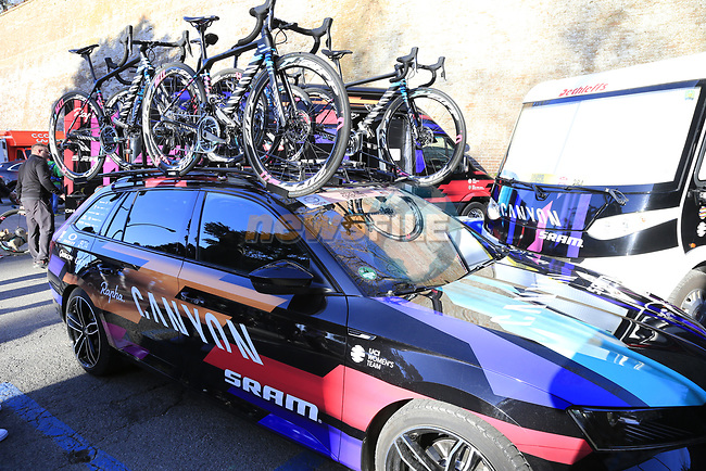 Canyon-Sram team car before the start of the Strade Bianche Women Elite 2019 running 133km from Siena to Siena, held over the white gravel roads of Tuscany, Italy. 9th March 2019.<br /> Picture: Eoin Clarke | Cyclefile<br /> <br /> <br /> All photos usage must carry mandatory copyright credit (© Cyclefile | Eoin Clarke)