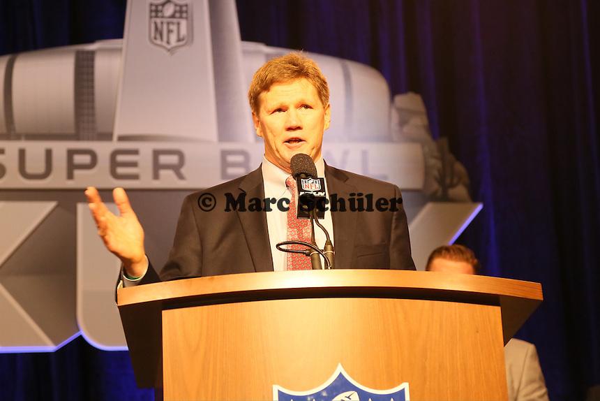 Green Bay Packers CEO Mark Murphy vetritt QB Aaron Rodgers - Don Shula High School Coach of the Year Award, Super Bowl XLIX, Convention Center Phoenix