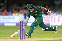 Steven Mullaney of Notts narrowly makes his ground during Essex Eagles vs Notts Outlaws, Royal London One-Day Cup Semi-Final Cricket at The Cloudfm County Ground on 16th June 2017