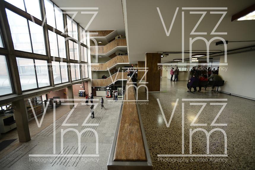 BOGOTÁ-COLOMBIA-18-01-2013. Complejo Judicial Paloquemao, hall principal./  Paloquemao Court Complex, main hall. Photo: VizzorImage/STR
