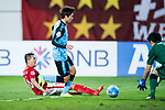 Guangzhou Midfielder Huang Bowen (L) attempts a kick while being defended by Kawasaki Goalkeeper Jung Sungryong (R) during the AFC Champions League 2017 Group G match between Guangzhou Evergrande FC (CHN) vs Kawasaki Frontale (JPN) at the Tianhe Stadium on 14 March 2017 in Guangzhou, China. Photo by Marcio Rodrigo Machado / Power Sport Images