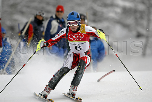 25 February 2006: Austrian skier Benjamin Raich (AUT) during the first run the men's slalom in Sestriere at the 2006 Turin Winter Olympics. Benjamin Raich finished in first position over all Photo: Neil Tingle/actionplus....olympics 060225 torino games skiing man men