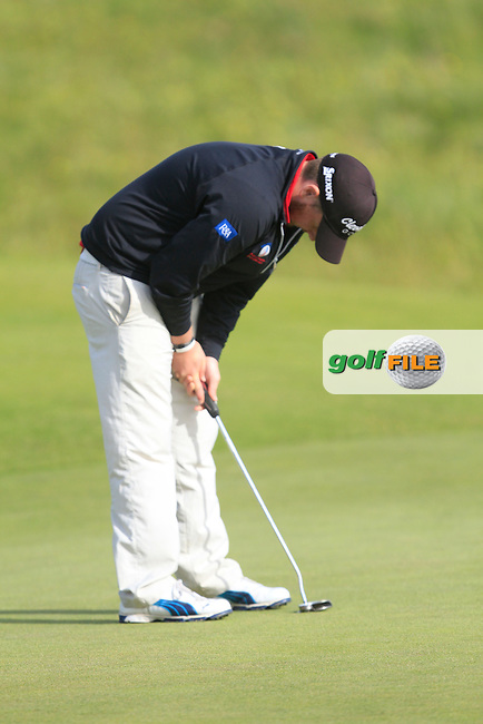Kieran Lynch (Skibbereen) on the 18th during Round 4 of the Irish Amateur Close Championship at Seapoint Golf Club on Monday 9th June 2014.<br /> Picture:  Thos Caffrey / www.golffile.ie