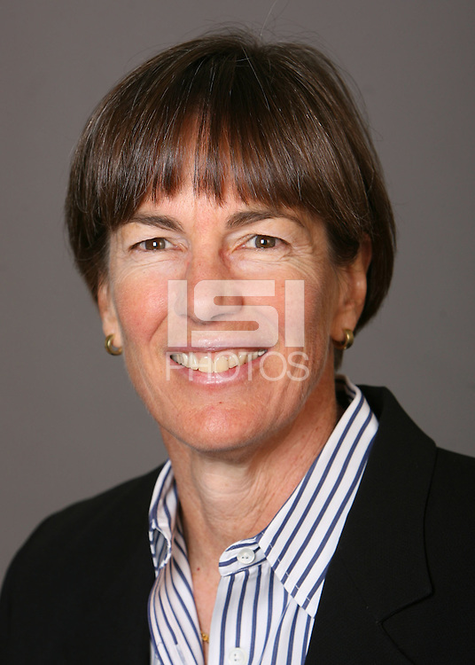 STANFORD, CA - OCTOBER 9:  Tara VanDerveer of the Stanford Cardinal women's basketball team poses for a headshot on October 9, 2008 in Stanford, California.