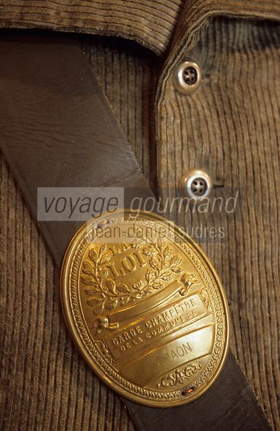 Europe/France/Centre/41/Loir-et-Cher/Sologne/Chaon : Maison du braconnage - Détail plaque de garde-chasse