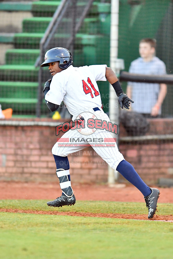 Elizabethton Twins right fielder T.J. Dixon (41) runs to first base during game one of the Appalachian League Championship Series against the Pulaski Yankees at Joe O'Brien Field on September 7, 2017 in Elizabethton, Tennessee. The Twins defeated the Yankees 12-1. (Tony Farlow/Four Seam Images)