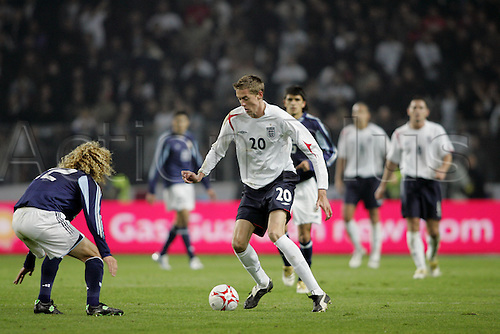 12 November 2005: England striker Peter Crouch controlling the ball during the International Friendly between England and Argentina played at the Stade de Geneve, Geneva, Switzerland. England won the game 3-2. Photo: Neil Tingle/Actionplus..051112 football soccer official man men