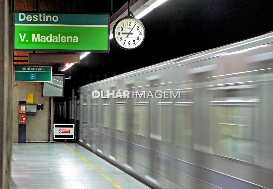 Estação do metro. São Paulo. 2007. Foto de Juca Martins.