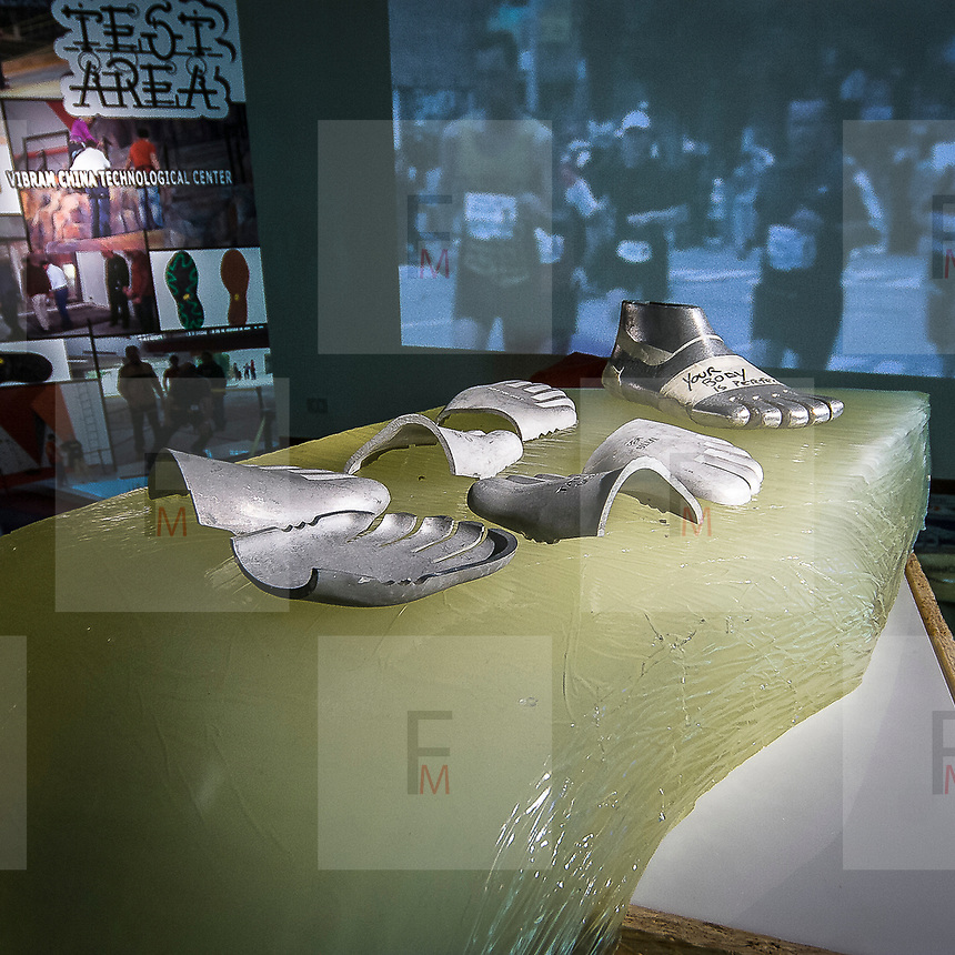FuoriSalone2010 Zona Tortona: Vibram show room. Le forme usate pewr produrre le scarpe con le dita.<br /> <br /> Shapes used to produce the shoes with fingers