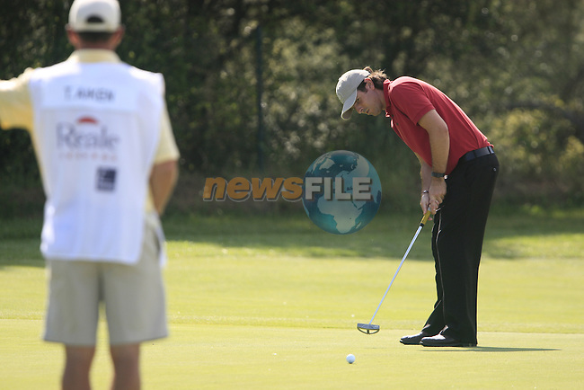 Thomas Aiken (RSA) in action on the 4th green during Day 2 of the Open de Espana at Real Club De Golf El Prat, Terrasa, Barcelona, 6th May 2011. (Photo Eoin Clarke/Golffile 2011)