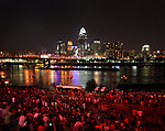 With the crowd on both sides of the Ohio River numbering in the hundreds of thousands, The Labor Day fireworks show of 2013 in Cincinnati Ohio and Northern Kentucky is about to begin, USA