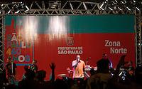 SAO PAULO, SP, 16.01.2014 ANIVERSARIO 460 ANOS SP -  O Cantor de Rap MV Bill durante show na praça Heróis da FEB na regiao norte da cidade de Sao Paulo, para comemorar o aniversario da cidade neste sábado, 25. ( Foto :André Hanni/Brazil Photo Press).