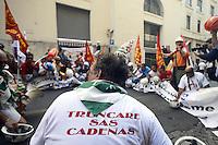 Roma, 30 Agosto 2012.La protesta degli operai Alcoa Portovesme arriva a Roma dove gli operai rimarranno in presidio sotto il Ministero dello Sviluppo Economici in attesa della riunione di domani