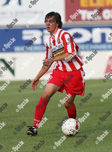 2009-08-01 / Voetbal / seizoen 2009-2010 / Hoogstraten VV / Stef Daemen..Foto: Maarten Straetemans (SMB)