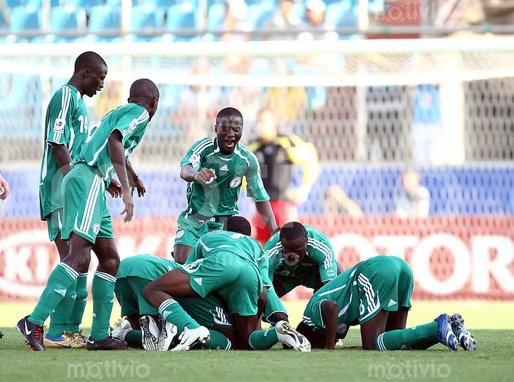 12. FIFA U17 Weltmeisterschaft in Korea Nigeria - Frankreich Nigeria vs. France Die nigerianische Mannschaft jubelt nach dem Tor zum 2:1.