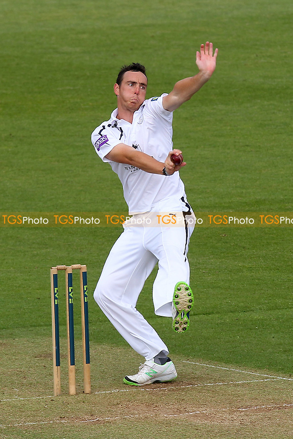 Kyle Abbott in bowling action for Hampshire - Hampshire CCC vs Essex CCC - LV County Championship Division Two Cricket at the Ageas Bowl, West End, Southampton - 15/06/14 - MANDATORY CREDIT: Gavin Ellis/TGSPHOTO - Self billing applies where appropriate - 0845 094 6026 - contact@tgsphoto.co.uk - NO UNPAID USE