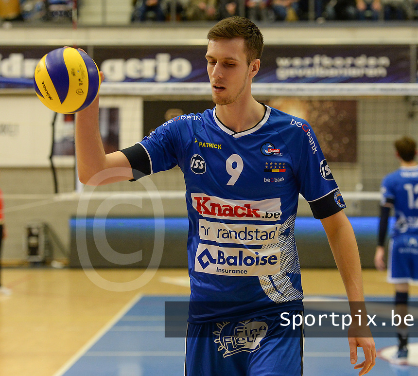 20161228 - ROESELARE ,  BELGIUM : Roeselare's Arno Van De Velde pictured during the second semi final in the Belgian Volley Cup between Knack Volley Roeselare and Lindemans Aalst in Roeselare , Belgium , Wednesday 28 th December 2016 . PHOTO SPORTPIX.BE | DAVID CATRY