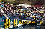 Stockholm 2015-09-30 Ishockey Hockeyallsvenskan AIK - Leksands IF :  <br /> AIK:s supportrar under matchen mellan AIK och Leksands IF <br /> (Foto: Kenta J&ouml;nsson) Nyckelord:  AIK Gnaget Hockeyallsvenskan Allsvenskan Hovet Johanneshov Isstadion Leksand LIF supporter fans publik supporters