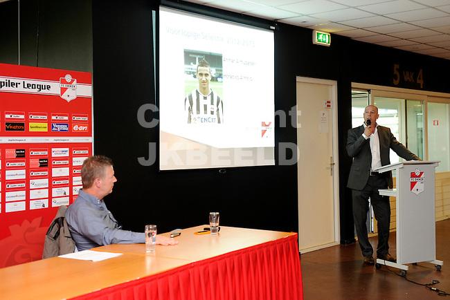 EMMEN - Voetbal, FC Emmen presenteerde de met directeur Richard Lubbers de plannen voor het nieuwe seizoen en de nieuwe trainer Joop Gall presenteerde de selectie met negen nieuwe namen.  05-06-2012
