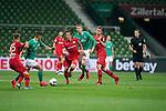 Daley Sinkgraven (Leverkusen #22), <br /> Milot Rashica (Werder Bremen #07)<br /> Julian Baumgartlinger (Leverkusen #15), <br /> Nick Woltemade (werder Bremen #41)<br /> Sven Bender (Leverkusen #5), <br /> <br /> Sport: Fussball: 1. Bundesliga: Saison 19/20: <br /> 26. Spieltag: SV Werder Bremen vs Bayer 04 Leverkusen, 18.05.2020<br /> <br /> Foto ©  gumzmedia / Nordphoto / Andreas Gumz / POOL <br /> <br /> Nur für journalistische Zwecke! Only for editorial use!<br />  DFL regulations prohibit any use of photographs as image sequences and/or quasi-video.