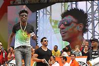 SAO PAULO, SP, 01/05/2014, DIA DO TRABALHADOR. Festa do Dia do Trabalhador da Forca Sindical na Praca Campos de Bagatelli em Santana, nessa quinta-feira (1). Na foto o cantor Dodo do grupo Pixote. LUIZ GUARNIERI/BRAZIL PHOTO PRESS.