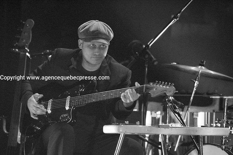 Montreal (Qc) CANADA, Novembre 5, 2007-<br /> Yves &quot; Dr Weld &quot; Desrosier perform at TRAINZ show during the Coups de Coeur Francophones 2007 - Montreal.<br /> <br /> photo (c)  Images Distribution