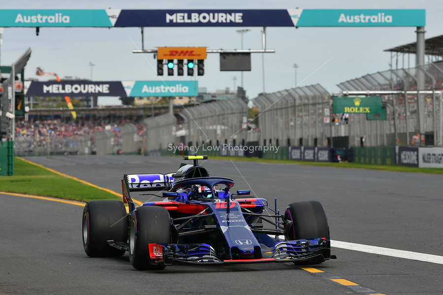 March 24, 2018: Pierre Gasly (FRA) #10 from the Red Bull Toro Rosso Honda team leaves the pit for his qualifying lap at the 2018 Australian Formula One Grand Prix at Albert Park, Melbourne, Australia. Photo Sydney Low