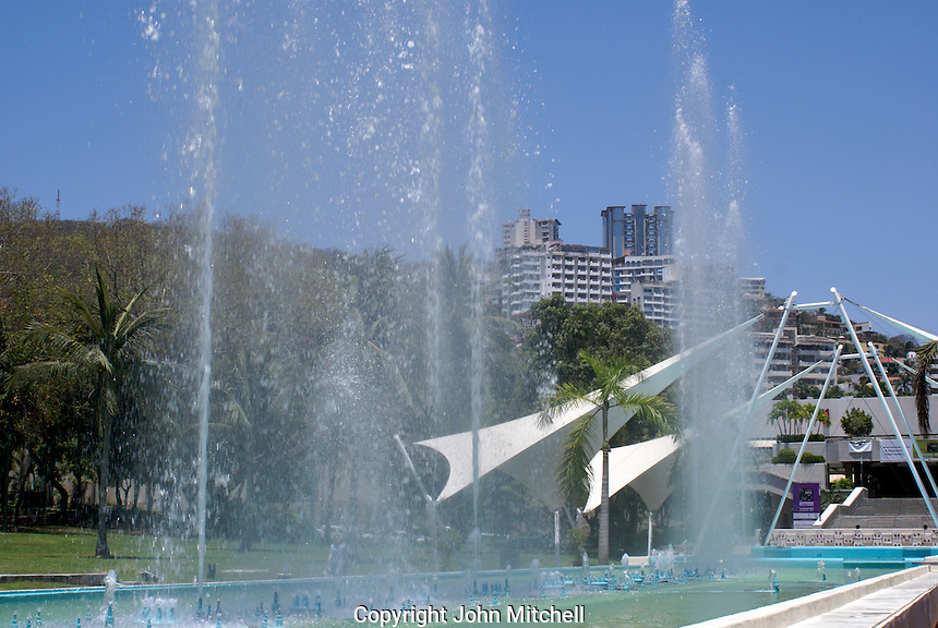 Fountains in front of the Convention Centre or Centro de Convenciones in Acapulco, Mexico