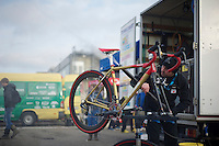 post-race cleaning<br /> <br /> UCI Worldcup Heusden-Zolder Limburg 2013