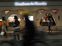 DECADANCE DU CHOCOLAT, CHOCOLATE SHOP IN GINZA, TOKYO