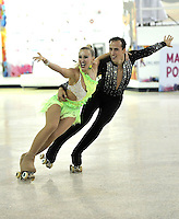 CALI – COLOMBIA – 22 – 09 – 2015: Andrea Bassi y Silvia Stibilj, deportistas de Italia, durante en Parejas Danza Mayores, en el LX Campeonato Mundial de Patinaje Artistico, en el Velodromo Alcides Nieto Patiño de la ciudad de Cali. / Andrea Bassi and Silvia Stibilj, skaters from Italy, during the Senior Couple Dance, in the LX World Championships Figure Skating, at the Alcides Nieto Patiño Velodrome in Cali City. Photo: VizzorImage / Luis Ramirez / Staff.