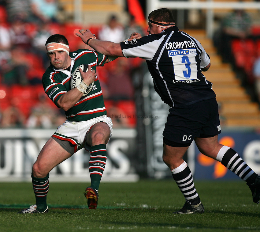 Photo: Rich Eaton...Leicester Tigers v Bristol Rugby. Guinness Premiership. 05/05/2007. Shane Jennings of Leicester is tackled by Bristol's Darren Crompton.