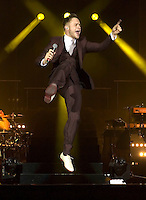 Olly Murs plays a headline gig at the SECC in Glasgow on Saturday 25th February 2012... .Pictures:© Peter Kaminski/Universal News and Sport (Europe)2012