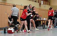 Darmstädter Bank feuert die Mannschaft an - Mörfelden-Walldorf 09.02.2020: TGS Walldorf vs. TGB Darmstadt, Sporthalle