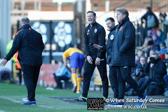Notts County 0 Mansfield Town 0, 14/01/2017. Meadow Lane, League Two. Kevin Nolan Manager of Notts County shares a joke with Steve Evans Manager of Mansfield. Photo by Paul Thompson.