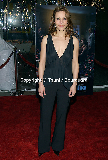 """Lili Taylor arriving at the premiere of """" 6 FEET UNDER """" at the Chinese theatre in Los Angeles. February 25, 2003."""