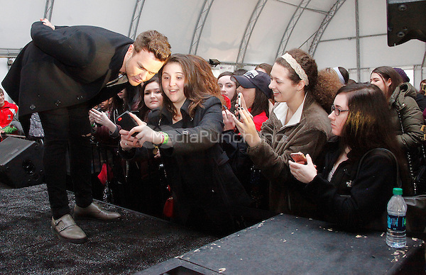 PHILADELPHIA, PA - MARCH 14 : Olly Murs performs at the Philadelphia Zoo in Philadelphia, Pa on March 14, 2015. Credit: Star Shooter/MediaPunch