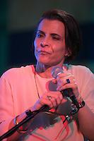 SAO PAULO, SP, 25.10.2016 - SPFW-NATURA - A cantora Marina Lima faz pocket show no stand da Natura no São Paulo Fashion Week edição 42 no Parque do Ibirapuera zona Sul de São Paulo, nesta terça, 25. (Foto: Ciça Neder / Brazil Photo Press)