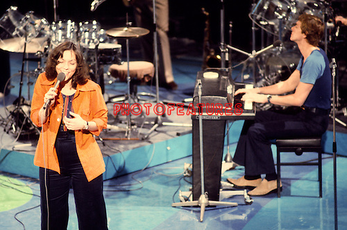 Carpenters 1974 Karen Carpenter and Richard Carpenter.© Chris Walter.