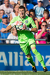 Vicente Guaita Panadero of Getafe CF in action during the La Liga 2017-18 match between Getafe CF and Real Madrid at Coliseum Alfonso Perez on 14 October 2017 in Getafe, Spain. Photo by Diego Gonzalez / Power Sport Images